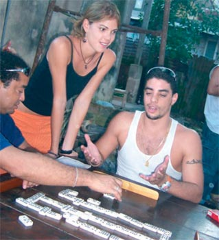 Dominoes, Cuba's National Pastime