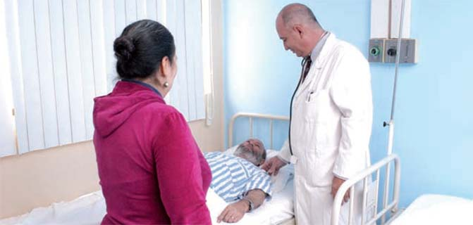 Medical attention and health care in Cuba, Serving the World