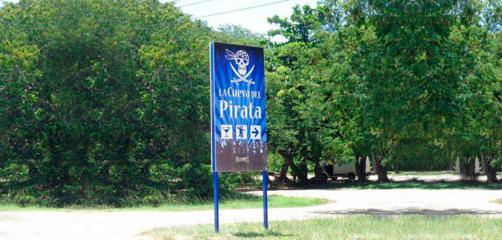 The Pirate's Cave, recreational cultural center in Varadero
